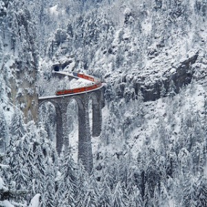 Landwasser-Viaduct-in-Graubünden-Switzerland